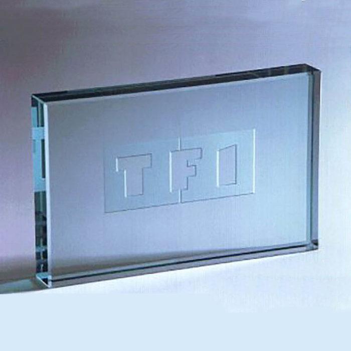presse-papier-verre-rectangle-gravure-au-sable-tf1