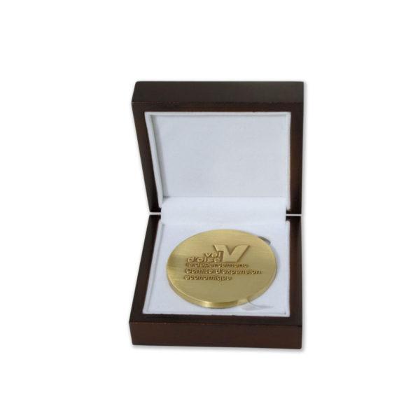 medaille-bronze-vieilli-ecrin-bois-val-doise
