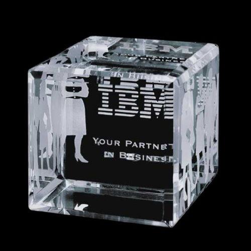 Trophée en cube – IBM