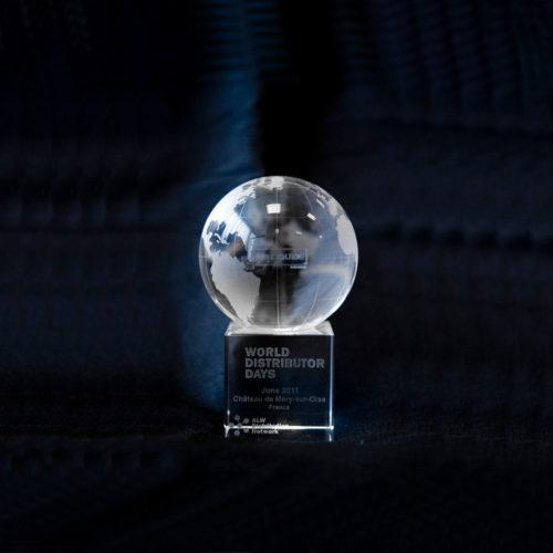 trophee-verre-mappemonde-laser3d-